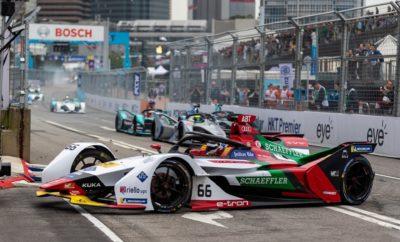 • Ο Λούκας ντι Γκράσσι στο τιμόνι του μονοθέσιου Audi e-tron FE05, ανέβηκε στο 2ο σκαλί του βάθρου στον αγώνα της Formula E στο Χονγκ-Κονγκ • Αυτή ήταν η 29η φορά σε 50 αγώνες που ο Λούκας ντι Γκράσσι ανεβαίνει στο βάθρο • Συνολικά τέσσερα Audi e-tron FE05 πλασαρίστηκαν στην πρώτη εξάδα, με τον Ντάνιελ Αμπτ, έτερο οδηγό της Audi Sport ABT Schaeffler, να τερματίζει 4ος Ένας ακόμη θρίαμβος για την Audi και τα ηλεκτρικά της μονοθέσια, αυτή τη φορά στον 50ο αγώνα του πρωταθλήματος της Formula E, που διεξήχθη στο Χονγκ-Κονγκ. Συνολικά, τέσσερα Audi e-tron FE05 τερμάτισαν στην πρώτη εξάδα ενώ ο Λούκας Ντι Γκράσσι ανέβηκε στο 2ο σκαλί του βάθρου. Οι πιλότοι της Audi Sport ABT Schaeffler κινήθηκαν ταχύτατα και πάντα με σύμμαχο την απόδοση και την αξιοπιστία των Audi e-tron FE05. Την πολύ καλή επίδοση του ντι Γκράσσι συμπλήρωσε ο Ντάνιελ Αμπτ, που κατάφερε από την 12η θέση της γραμμής εκκίνησης να τερματίσει στην 4η θέση της γενικής κατάταξης του αγώνα! Για τρίτη συνεχόμενη φορά ένα Audi e-tron FE05 έκανε το ταχύτερο γύρο στο top-10. Ήταν αυτό του Σαμ Μπερντ για λογαριασμό της ιδιωτικής ομάδας Envision Virgin Racing. «Με τέσσερα Audi e-tron FE05 να περνούν τη γραμμή τερματισμού στην πρώτη εξάδα μιλάμε μόνο για μία ακόμη εξαιρετική επιτυχία της Audi», δήλωσε ο Ντίτερ Γκας, Επικεφαλής του τμήματος Audi Motorsport. Στο πρωτάθλημα οδηγών της Formula E προηγείται ο Σαμ Μπερντ με τον Ντι Γκράσσι να ακολουθεί στην 3η θέση, σε απόσταση μόλις 2 βαθμών. Στο πρωτάθλημα κατασκευαστών/ομάδων προηγούνται οι Envision Virgin Racing και Audi Sport ABT Schaeffler με 97 και 86 βαθμούς, αντίστοιχα. Το επόμενο, έκτο E-Prix του εφετινού πρωταθλήματος Formula E, θα πραγματοποιηθεί στις 23 Μαρτίου, στην Κίνα.