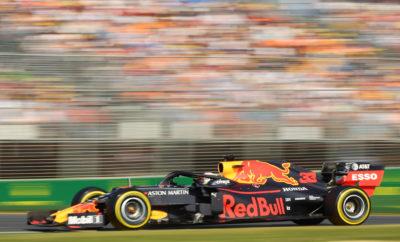 Ο Max Verstappen ξεκίνησε από την 4η θέση και μετά την εκκίνηση του αγώνα κατάφερε να κρατήσει επαφή με τους τρεις προπορευόμενους, Valtteri Bottas, Lewis Hamilton και Sebastian Vettel. Με τους Hamilton και Vettel να μπαίνουν νωρίς στα pit για αλλαγή ελαστικών, στον 15ο και στον 14ο γύρο αντίστοιχα, η καλή στρατηγική της Aston Martin Red Bull Racing έδωσε την ευκαιρία στον Max να μπει για φρέσκα, μεσαίας γόμας ελαστικά αρκετά αργότερα από τους αντιπάλους του (25ο γύρο), με αποτέλεσμα να βρεθεί γρήγορα και πάλι πίσω από τους δύο οδηγούς. Στο 30ο γύρο, ο Max Verstappen έφερε τον Vettel έξω από τη γραμμή του στην πρώτη στροφή και κατάφερε να τον περάσει με χρήση του DRS πριν τα φρένα της τρίτης στροφής, εξασφαλίζοντας έτσι την 3η θέση. Λίγο έλειψε για να περάσει μάλιστα στη 2η θέση, κάνοντας μία σειρά γρήγορων γύρων και πιέζοντας τον Hamilton, όμως στο τέλος δεν κατάφερε να προσπεράσει τη Mercedes. Με την 3η του θέση ο Verstappen χάρισε το πρώτο βάθρο στη Honda από το Βρετανικό GP του 2008. Στον πρώτο αγώνα της χρονιάς, ο Daniil Kvyat πήρε τον πρώτο βαθμό με την Toro Rosso, σκαρφαλώνοντας στη δεκάδα του αγώνα από τη 15η θέση στη γραμμή εκκίνησης. Όπως και ο Max, ο Daniil κατάφερε να μείνει στην πίστα για μεγαλύτερο διάστημα από τους περισσότερους οδηγούς (ο Ρώσος οδηγός μπήκε για αλλαγή ελαστικών στον 26ο γύρο) και πέρασε μπροστά όσο εκείνοι βρίσκονταν στα pit. Ο Kvyat έδωσε μάλιστα μάχη με τον Pierre Gasly, όταν εκείνος βγήκε από τα pit για την πρώτη του αλλαγή ελαστικών στον 37ο γύρο. Ο Gasly ήταν ο τελευταίος οδηγός που είχε μπει στα pit για φρέσκα ελαστικά. Από τη μάχη νικητής αναδείχτηκε ο Daniil Kvyat κρατώντας τη 10η θέση ενώ οι δυο τους έδιναν μάχη πίσω από μία ομάδα οδηγών που μάχονταν για την 7η θέση. Όσο για τον Pierre Gasly, τερμάτισε πίσω από το Ρώσο, έχοντας σκαρφαλώσει στην 11η θέση από τη 17η στην εκκίνηση. Ενώ οι τρεις οδηγοί της Honda άργησαν να μπουν για ελαστικά στο πρώτο stint, ο Alexander Albon, έχοντας ξεκινήσει με μαλακά ελαστικά, μπήκε για αλλα