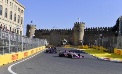 Ένας ακόμη τερματισμός στις δυο πρώτες θέσεις για τις Mercedes καθώς ο νικητής Valtteri Bottas βρέθηκε μπροστά από το Lewis Hamilton: Αυτή ήταν και η σειρά με την οποία εκκίνησαν στον αγώνα. Οι τέσσερις πρώτοι στον τερματισμό ακολούθησαν παρόμοια τακτική μιας αλλαγής, εκκινώντας με μαλακή γόμα και τοποθετώντας τη μέση αμέσως μετά. Από τους οδηγούς που χρησιμοποίησαν διαφορετική στρατηγική, πιο ψηλά (5ος) τερμάτισε ο οδηγός της Ferrari, Charles Leclerc, που εκκινούσε 8ος. Ο Μονεγάσκος έκανε αρκετούς γύρους με τη μέση γόμα στην αρχή προτού βάλει τη μαλακή γόμα. ΚΑΘΟΡΙΣΤΙΚΑ ΣΗΜΕΙΑ • Είδαμε μόνο μια φορά καθεστώς εικονικού αυτοκινήτου ασφαλείας, πράγμα ασυνήθιστο για το Μπακού. Επίσης υπήρξαν λίγα συμβάντα: Αυτό σημαίνει ότι δεν υπήρξε το συνηθισμένο δράμα, που βλέπουμε συχνά στο Αζερμπαϊτζάν. • Οι περισσότεροι οδηγοί εκκίνησαν με τη μαλακή γόμα και άλλαξαν νωρίς βάζοντας τη μέση γόμα. Μ' αυτή είχαν καλό επίπεδο ρυθμού και αντοχής κατά τη διάρκεια του αγώνα. • Υπήρξαν μερικές ενδιαφέρουσες εναλλακτικές στρατηγικές: Ο οδηγός της Red Bull, Pierre Gasly ήταν ένας από τους τρεις που εκκίνησαν από τη γραμμή των pit με τη μέση γόμα. Συμπλήρωσε 38 γύρους μ' αυτή τη γόμα και ήταν 6ος προτού εγκαταλείψει. Αυτό προκάλεσε το καθεστώς εικονικού αυτοκινήτου ασφαλείας. • Μερικοί οδηγοί έκαναν δυο αλλαγές: Ο Leclerc σταμάτησε στο τέλος για φρέσκο σετ μαλακής γόμας, ώστε να πάρει το βαθμό ταχύτερου γύρου ενώ ο Lando Norris της McLaren επίσης έκανε δυο αλλαγές, για να τερματίσει τελικά 8ος. • Ο Kimi Raikkonen με Alfa Romeo ήταν ένας ακόμη οδηγός που εκκίνησε από την γραμμή των pit και πήρε τελικά το βαθμό της 10ης θέσης με στρατηγική μαλακής/μέση γόμας, συμπληρώνοντας 44 γύρους με τη μέση γόμα. ΠΩΣ ΑΠΕΔΩΣΕ ΚΑΘΕ ΕΛΑΣΤΙΚΟ • ΣΚΛΗΡΗ C2: Δε χρησιμοποιήθηκε στον αγώνα καθώς η φθορά και η πτώση απόδοσης λόγω θερμικής καταπόνησης ήταν τόσο χαμηλές που η μέση και η μαλακή γόμα ήταν η καλύτερη επιλογή στο Μπακού. Η σκληρή γόμα δεν χρησιμοποιήθηκε ιδιαίτερα ούτε στις ελεύθερες δοκιμές οπότε οι ομά