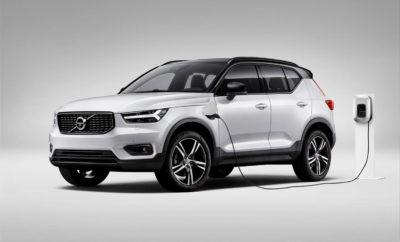 """· Ακόμη ένα σημαντικό βήμα της Volvo προς την πλήρη ηλεκτροκίνηση · Οι συμφωνίες της Volvo διασφαλίζουν την προμήθεια μπαταριών για τα Volvo και Polestar επόμενης γενιάς Η Volvo υπέγραψε συμφωνίες μακράς διαρκείας με τους κορυφαίους κατασκευαστές μπαταριών CATL και LG Chem. Πρόκειται για κίνηση που διασφαλίζει τις, αξίας πολλών δισεκατομμυρίων δολαρίων, προμήθειες μπαταριών ιόντων λιθίου κατά την ερχόμενη δεκαετία, για τα μοντέλα Volvo και Polestar επόμενης γενιάς. Η συμφωνία καλύπτει την προμήθεια μπαταριών για όλα τα μοντέλα της επερχόμενης πλατφόρμας SPA2 και της υπάρχουσας πλατφόρμας CMA σε παγκόσμιο επίπεδο. Συνιστά, δε, ένα πολύ σημαντικό βήμα προς την υλοποίηση της φιλόδοξης στρατηγικής της Volvo για τον πλήρη εξηλεκτρισμό των αυτοκινήτων της. Το 2017 η Volvo ανέλαβε την ηγετική για την αυτοκινητοβιομηχανία δέσμευση ότι όλα τα νέα μοντέλα της που θα λανσάρονται από το 2019 θα διαθέτουν έκδοση με ηλεκτροκινητήρα. Από τότε, η εταιρεία ενίσχυσε αυτή τη στρατηγική, δηλώνοντας ότι στόχος της είναι έως το 2025 το 50% των παγκόσμιων πωλήσεών της να αντιπροσωπεύει αμιγώς ηλεκτρικά αυτοκίνητα. """"Το μέλλον της Volvo είναι ηλεκτρικό και δεσμευόμαστε αταλάντευτα να προχωρήσουμε πέρα από τον κινητήρα εσωτερικής καύσης"""", δήλωσε ο Håkan Samuelsson (Χόκαν Σάμιουελσον), Πρόεδρος και CEO της Volvo Cars. """"Οι σημερινές συμφωνίες με τις CATL και LG Chem δείχνουν ακριβώς το πώς θα πετύχουμε τους φιλόδοξους στόχους μας για τον πλήρη εξηλεκτρισμό"""". Η κινεζική CATL και η νοτιοκορεατική LG Chem είναι φημισμένοι κατασκευαστές μπαταριών, έχοντας αμφότεροι μακρά και επιτυχημένη πορεία στην προμήθεια μπαταριών ιόντων λιθίου στην παγκόσμια αυτοκινητοβιομηχανία. Πληρούν τις αυστηρές προδιαγραφές της Volvo όσον αφορά την τεχνολογική πρωτοπορία, την εφοδιαστική αλυσίδα και το κόστος. """"Με τη σημερινή συμφωνία εξασφαλίζουμε αποτελεσματικά τον εφοδιασμό μας με μπαταρίες για τη δεκαετία που έρχεται"""", δήλωσε η Martina Buchhauser (Μαρτίνα Μπούχχάουζερ), Ανώτερη Αντιπρόεδρος Προμηθειών της Volvo Cars"""