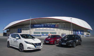 """Με ένα ρεκόρ σε στόλο αμιγώς ηλεκτρικών οχημάτων, η Nissan αποτελεί τον επίσημο μεταφορέα της μεγάλης διοργάνωσης , με τον Roberto Carlos να παραδίδει το βαρύτιμο τρόπαιο του UEFA Champions League στον τελικό, μέσα σε ένα αγωνιστικό αυτοκίνητο Nissan LEAF NISMO RC 2.0 ! Η Nissan """"τροφοδοτεί"""" τον τελικό του UEFA Champions League, παρέχοντας συνολικά 363 Nissan LEAF και e-NV200 για τη μεταφορά αξιωματούχων και επισκεπτών στη Μαδρίτη και αποτελώντας τον μεγαλύτερο, αμιγώς ηλεκτροκίνητο στόλο, που θα καλύψει περισσότερα από 220.000 χιλιόμετρα ! Τώρα στην πέμπτη σεζόν της μεγαλύτερης αθλητικής διοργάνωσης στον κόσμο, ως επίσημος χορηγός αυτοκινήτων, η Nissan στοχεύει στη βελτίωση της ποιότητας του αέρα και στη μείωση των περιβαλλοντικών επιπτώσεων στην Μαδρίτη, αυτό το Σαββατοκύριακο, με τον μεγαλύτερο στόλο οχημάτων μηδενικών εκπομπών ρύπων, στην ιστορία της διοργάνωσης. Φέτος, ο στόλος της Nissan περιλαμβάνει και ένα αγωνιστικό αυτοκίνητο Nissan LEAF NISMO RC 2.0, το οποίο θα χρησιμοποιηθεί από τον Βραζιλιάνο θρύλο του ποδοσφαίρου Roberto Carlos, προκειμένου να παραδώσει το τρόπαιο του UEFA Champions League κατευθείαν από το Φεστιβάλ Πρωταθλητριών της UEFA στο Puerta del Sol, στο Estadio Metropolitano. Με δύο ηλεκτροκινητήρες, τετρακίνηση και """"επιθετικό"""" σχεδιασμό, καθώς και με μια ειδικά σχεδιασμένη αεροδυναμική βάση για το τρόπαιο, το LEAF NISMO RC 2.0 παρουσιάζει την τελευταία λέξη της τεχνολογίας του Nissan Intelligent Mobility. Έχει διπλάσια ισχύ και ροπή από το προηγούμενο μοντέλο, με προηγμένη τεχνολογία μπαταριών και μετάδοσης κίνησης, όλα προερχόμενα από το Nissan LEAF, το πρώτο παγκοσμίως σε πωλήσεις, αμιγώς ηλεκτροκίνητο αυτοκίνητο στον κόσμο. Ο φετινός τελικός, συμπίπτει με το λανσάρισμα στην Ευρωπαϊκή αγορά του νέου LEAF e+, που διαθέτει μια νέα μπαταρία 62kWh με μια σειρά από νέες επιλογές εξατομίκευσης και εξοπλισμένο με τις τεχνολογίες e-Pedal και ProPILOT της Nissan. Ο Gareth Dunsmore, Γενικός Διευθυντής Επικοινωνίας και Μάρκετινγκ της Nissan Europe σε"""