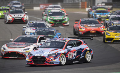 """• Τα τρία μοντέλα της Hyundai N ολοκλήρωσαν με επιτυχία τον 24ωρο αγώνα του Nürburgring, γεγονός που αποδεικνύει τις ικανότητες των οχημάτων και τις εξαιρετικές επιδόσεις τους Η Hyundai Motor παρουσίασε την πλήρη γκάμα των οχημάτων υψηλών επιδόσεων στον αγώνα 24 ωρών του Nürburgring για το 2019. Συμμετέχοντας για 4η συνεχόμενη χρονιά από το 2016, η Hyundai Motor διασφάλισε για ακόμη μία φορά τη θέση της ως ηγετική μάρκα οχημάτων επιδόσεων με τη συμμετοχή της μάρκας υψηλών επιδόσεων της εταιρίας. Ο αγώνας 24 ωρών του Nürburgring πραγματοποιήθηκε από τις 22 έως τις 23 Ιουνίου, όπου η Hyundai παρουσίασε τη γκάμα των οχημάτων υψηλών επιδόσεων, i30 N TCR, Veloster N TCR και i30 Fastback N. Η πίστα του Nürburgring αποτελεί μια εξαντλητική διαδρομή 25 χλμ. Το ρεκόρ αγώνα υπολογίζεται με βάση την απόσταση που διανύεται σε 24 ώρες τεστάροντας τις επιδόσεις και την ανθεκτικότητα του κάθε διαγωνιζόμενου οχήματος. Κατά τη διάρκεια των δύο ημερών, τα τρία οχήματα της Hyundai N παρουσίασαν τις ικανότητες της εταιρίας στην οδήγηση υψηλών επιδόσεων. Τα Veloster N TCR και i30 N TCR κατέκτησαν τη 2η και 3η θέση αντίστοιχα στην κατηγορία τους. Αντίστοιχα, το i30 Fastback N αγωνίσθηκε στην κατηγορία V2T ενισχύοντας περαιτέρω την εξαιρετική ικανότητα της εταιρίας σε αγώνες, με όλα τα οχήματα να ολοκληρώνουν επιτυχώς τον εξαντλητικό αγώνα των 24 ωρών. """"Οι εξαιρετικές επιδόσεις της Hyundai Motor στον αγώνα των 24 ωρών του Nürburgring αποδεικνύουν την ικανότητα των οχημάτων υψηλών επιδόσεων της εταιρίας"""", δήλωσε ο κ. Thomas Schemera, Executive Vice President και Head of Product Division, Product Operation & N Sub-Division του Hyundai Motor Group. «Ελπίζουμε να μεταφερθεί αυτή η εμπειρία κατευθείαν στον καθημερινό οδηγό, για να αισθανθεί τον ενθουσιασμό, μέσω της μάρκας N». Είναι επίσης σημαντικό να αναφέρουμε ότι η Hyundai Motor παρουσίασε εξαιρετική επίδοση στον πέμπτο γύρο του WTCR, το FIA World Touring Car Cup, στον οποίο οι αγωνιστικές ομάδες του BRC κατέκτησαν μια νίκη και την τρίτη θ"""
