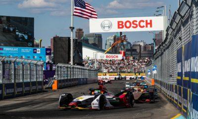 • Νίκη για την Audi στο τελευταίο E-Prix του πρωταθλήματος, στη Νέα Υόρκη • Η Audi Sport ABT Schaeffler ολοκληρώνει στη 2η θέση το πρωτάθλημα κατασκευαστών ενώ το Audi e-tron FE05 αναδεικνύεται το πιο πετυχημένο μονοθέσιο με 5 νίκες συνολικά • Ο Lucas di Grassi κατατάχθηκε στην 3η θέση στο πρωτάθλημα οδηγών ενώ ο Robin Frijns με Audi e-tron FE05 ήταν ο νικητής του τελευταίου αγώνα της σεζόν Νίκη για την Audi στο τελευταίο E-Prix της σεζόν, στη Νέα Υόρκη, με την Audi Sport ABT Schaeffler να διεκδικεί το πρωτάθλημα της Formula E μέχρι και τον τελευταίο αγώνα, ολοκληρώνοντας τελικά στη 2η θέση! Το Audi e-tron FE05 αναδεικνύεται το πιο πετυχημένο μονοθέσιο της σεζόν με 5 νίκες σε 13 αγώνες ενώ ο οδηγός της Audi, ο Βραζιλιάνος Λούκας ντι Γκράσσι (Lucas di Grassi), ολοκληρώνει το φετινό πρωτάθλημα οδηγών στην 3η θέση. Νικητής στον τελευταίο αγώνα, με Audi e-tron FE05, αναδείχθηκε ο Ρόμπιν Φρίινς (Robin Frijns), της Envision Virgin Racing, η οποία τερμάτισε στην 3η θέση του πρωταθλήματος ομάδων. Η πρώτη σεζόν με τα νέα αγωνιστικά αυτοκίνητα Gen2 ήταν γεμάτη αγωνία, δράμα και σασπένς. Από τους δεκατρείς αγώνες που πραγματοποιήθηκαν σε πέντε ηπείρους, αναδείχθηκαν εννέα διαφορετικοί νικητές προερχόμενοι από οκτώ ομάδες. Δέκα διαφορετικοί οδηγοί ξεκίνησαν από την πρώτη θέση στο grid. Στην πορεία προς τον τελευταίο, διπλό αγώνα στη Νέα Υόρκη, τέσσερις οδηγοί και τρεις ομάδες βρίσκονταν στη διεκδίκηση των τίτλων. Κατά γενική ομολογία, το Audi e-tron FE05 ήταν το πιο επιτυχημένο αγωνιστικό αυτοκίνητο της Formula E και στο φετινό πρωτάθλημα. Δεν είναι μόνο οι πέντε συνολικά νίκες αλλά και οι δέκα θέσεις στο βάθρο, μία pole και οκτώ ταχύτεροι γύροι κατά τη διάρκεια του αγώνα, που επιτεύχθηκαν από το Audi e-tron FE05, το μονοθέσιο με το αποδοτικότερο ηλεκτρικό σύστημα κίνησης. Μετά και το φετινό πρωτάθλημα, η Audi Sport ABT Schaeffler έχει κατορθώσει να ολοκληρώσει κάθε σεζόν στις τρεις πρώτες θέσεις της γενικής κατάταξης. Ο Λούκας ντι Γκράσσι, πρωταθλητής της σεζόν 2016-2017, αναρ