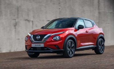 """Το ολοκαίνουργιο Nissan JUKE επαναπροσδιορίζει την κατηγορία των compact crossovers με ισχυρή προσωπικότητα, περισσότερες επιδόσεις και πρωτοποριακές τεχνολογίες Έχοντας θέσει ψηλά τον πήχη στα compact crossovers, εδώ και σχεδόν μια δεκαετία, μέσω της ξεχωριστής προσωπικότητάς του, η επόμενη γενιά του Nissan JUKE ήρθε για να """"ανακατέψει"""" και πάλι τα νερά της κατηγορίας του. Απολαυστικό, όπως πάντα στην οδήγηση, το ολοκαίνουργιο JUKE προσφέρει νέα επίπεδα από πλευράς επιδόσεων και τεχνολογιών, με το """"μανδύα"""" ενός εντυπωσιακού και ακόμα πιο άνετου πλαισίου crossover. Με σχεδόν 1 εκατομμύριο αυτοκίνητα να κυκλοφορούν στους Ευρωπαϊκούς δρόμους, το Nissan JUKE ανταποκρίθηκε στο έπακρο στις απαιτήσεις των Ευρωπαίων αγοραστών, χάρη στον ξεχωριστό σχεδιασμό του. Η επόμενη γενιά του JUKE, η οποία παρουσιάστηκε σήμερα σε Λονδίνο, Παρίσι, Μιλάνο, Βαρκελώνη και Κολωνία, έρχεται για να προσελκύσει τους Ευρωπαίους οδηγούς που εκτιμούν το σχεδιασμό, την τεχνολογία και τις επιδόσεις, σε συνδυασμό με την πρακτικότητα, στην κατηγορία των crossovers. Με το ProPILOT και την κορυφαία συνδεσιμότητα, το JUKE φέρνει το Nissan Intelligent Mobility, το όραμα της Nissan για την αλλαγή του τρόπου με τον οποίο τα αυτοκίνητα κινούνται, οδηγούνται και ενσωματώνονται στην κοινωνία. """"To Nissan JUKE επιστρέφει με την μοναδική του ταυτότητα, ακόμα περισσότερο χαρακτήρα, συναρπαστικές επιδόσεις και προηγμένη τεχνολογία που ανταποκρίνεται στις ανάγκες των οδηγών"""", δήλωσε ο Ponz Pandikuthira, αντιπρόεδρος της Nissan Europe, επικεφαλής προϊοντικού σχεδιασμού. """"Ο νέος σχεδιασμός και η συναρπαστική οδηγική εμπειρία θα προσελκύσουν τον αυξανόμενο αριθμό αγοραστών που επιλέγουν τα compact crossovers. Το JUKE έχει μεγαλώσει, διατηρώντας παράλληλα τις οδηγικές αρετές του, ως ένα ξεχωριστό αυτοκίνητο."""" ΣΠΟΡ ΣΧΕΔΙΑΣΜΟΣ Το Nissan JUKE επιστρέφει για να θέσει νέα πρότυπα στην κατηγορία B-crossover με μεγαλύτερες διαστάσεις και αθλητική στάση, εντυπωσιακές ζάντες αλουμινίου 19 ιντσών και σχεδίαση """"αιωρούμενης οροφή"""