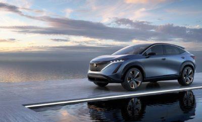 """Το αμιγώς ηλεκτρικό crossover παρουσιάζει τη νέα κατεύθυνση της Nissan, στην εποχή της αυτόνομης οδήγησης Η Nissan αποκάλυψε το Ariya Concept, ένα EV crossover με δύο ηλεκτρικούς κινητήρες που προσφέρουν πανίσχυρη επιτάχυνση, βραβευμένη τεχνολογία υποστήριξης οδηγού και με μια εμφάνιση που σηματοδοτεί την ολική """"επανεκκίνηση"""" στο σχεδιασμό της μάρκας. Το νέο Nissan Ariya Concept, που παρουσιάστηκε στο 46ο Σαλόνι Αυτοκινήτου του Τόκιο, σηματοδοτεί την ανατολή μιας νέας εποχής για τη Nissan, καθώς η εταιρεία επαναπροσδιορίζει τη φιλοσοφία της, ενόψει της επόμενης εξελικτικής φάσης στην αυτοκίνηση. Το Ariya Concept διαθέτει μια ευρύχωρη καμπίνα υψηλής ποιότητας με χαρακτηριστικά υψηλής τεχνολογίας και ένα πλαίσιο που αποπνέει την καθαρή φύση των ηλεκτρικών αυτοκινήτων. Ενσωματώνει το όραμα του Nissan Intelligent Mobility για την ατομική μεταφορά, όπου η ηλεκτροκίνηση και η ευφυΐα των οχημάτων θα προσφέρουν απρόσκοπτη και ταυτόχρονα προσαρμοσμένη ταξιδιωτική εμπειρία, χωρίς ατυχήματα ή επιβλαβείς εκπομπές ρύπων. Το Ariya Concept, αποτελεί σχεδιαστική """"προέκταση"""" του πρωτότυπου Nissan IMx, που πρωτοεμφανίστηκε στο Σαλόνι Αυτοκινήτου του Τόκιο, το 2017. Περιλαμβάνει την τολμηρή """"ηλεκτροδοτούμενη"""" V-motion υπογραφή εμπρός, όπως και την εντυπωσιακή κόκκινη λωρίδα φωτισμού πίσω, τις μικρές προεξοχές και ένα εσωτερικό που μοιάζει περισσότερο με ένα πολυτελές μοντέρνο σαλόνι, αντί για την καμπίνα ενός συμβατικού οχήματος. Αν και είναι ένα πρωτότυπο όχημα, το εντυπωσιακό στυλ του crossover EV και τα ασυνήθιστα εσωτερικά και εξωτερικά στοιχεία θα μπορούσαν να το κάνουν να φτάσει στο στάδιο της παραγωγής, στο εγγύς μέλλον. """"Το Ariya Concept, αντιπροσωπεύει μια ισχυρή συνεργασία μεταξύ σχεδιασμού και μηχανικής"""", δήλωσε ο Yasuhiro Yamauchi, εντεταλμένος σύμβουλος της Nissan Motor Co. Ltd. """"Είναι το επόμενο στάδιο της μελλοντικής σχεδιαστικής γλώσσας της Nissan, καθώς ξεκινάμε μια νέα εποχή για την εταιρεία, στο επόμενο στάδιο της εξέλιξής μας."""" Το Ariya Concept θα βρίσκεται στο προ"""