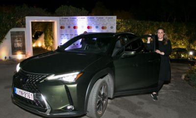 Η Lexus ήταν στο πλευρό της Μαίρης Κατράντζου και του συλλόγου «ΕΛΠΙΔΑ» ως χορηγός του φιλανθρωπικού fashion show που πραγματοποιήθηκε στον ναό του Ποσειδώνα, την Πέμπτη 3 Οκτωβρίου, παρέχοντας τα πρωτοποριακά Self-charging Hybrid οχήματα της για τη μετακίνηση VIP καλεσμένων. Η παγκοσμίως φήμης σχεδιάστρια πραγματοποίησε τη μοναδική αυτή επίδειξη μόδας για να ενισχύσει το έργο του Συλλόγου Φίλων Παιδιών με Καρκίνο «ΕΛΠΙΔΑ», ο οποίος γιορτάζει φέτος 30 χρόνια από την ίδρυσή του. Στη μαγική αυτή βραδιά με φόντο τον ναό του Ποσειδώνα και με τη μουσική του Βαγγέλη Παπαθανασίου, οι παρευρισκόμενοι είχαν την ευκαιρία να δουν τις μοναδικές δημιουργίες υψηλής ραπτικής της Ελληνίδας σχεδιάστριας. Τα αυτοκίνητα της Lexus προσέθεσαν στην εκδήλωση της Μαίρης Κατράντζου μια αισθητική προέκταση του τολμηρού design, εξηλεκτρίζοντας μέρος των μετακινήσεων και προσφέροντας μια μοναδική αίσθηση φιλοξενίας στους διεθνούς φήμης καλεσμένους στην Αθήνα.