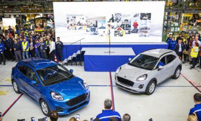 • Τα πρώτα νέα Ford Puma βγαίνουν από τη γραμμή παραγωγής του εργοστασίου της Ford στην Κραϊόβα • Το Ford Puma με το mild-hybrid σύστημα κίνησης των 48 volt είναι το πρώτο υβριδικό μοντέλο που κατασκευάζεται στη Ρουμανία μετά από επένδυση ύψους 200 εκατομμυρίων ευρώ στις εγκαταστάσεις παραγωγής της Ford • Με τον ασυναγώνιστο χώρο αποσκευών στην κατηγορία του και τα κορυφαία χαρακτηριστικά άνεσης, το καινοτόμο Puma είναι ένα από τα οκτώ ηλεκτροκίνητα μοντέλα που θα λανσάρει φέτος η Ford στην Ευρώπη Η παραγωγή του καινοτόμου και ηλεκτροκίνητου νέου Ford Puma ξεκινά τώρα στο προηγμένο εργοστάσιο της Ford στην Κραϊόβα της Ρουμανίας. Το νέο, συμπαγές crossover της μάρκας, το οποίο αντλεί την έμπνευσή του από τα μοντέλα της SUV κατηγορίας, προσφέρεται με την προηγμένη τεχνολογία ηλεκτροκίνησης Ford EcoBoost Hybrid 48 volt, αποτελώντας το πρώτο υβριδικό όχημα που θα κατασκευάζεται στη Ρουμανία. Η Ford έχει αυξήσει το ανθρώπινο δυναμικό της προσλαμβάνοντας επιπλέον 1.700 άτομα και έχει επενδύσει περίπου 200 εκατομμύρια ευρώ στις εγκαταστάσεις της στην Κραϊόβα, προκειμένου να υποστηρίξει την παραγωγή ενός πρωτοποριακού μοντέλου που συνδυάζει την υψηλή απόδοση ενός ήπιου υβριδικού συστήματος κίνησης και τον καλύτερο στην κατηγορία* χώρο αποσκευών, με το ελκυστικό σχεδιαστικό στιλ. Με τον τρόπο αυτό, η συνολική επένδυση της Ford στην Κραϊόβα έχει ανέλθει σε περίπου 1,5 δις ευρώ από το 2008 μέχρι και σήμερα. Το νέο Ford Puma είναι ένα από τα οκτώ ηλεκτροκίνητα μοντέλα που φέρνει φέτος η Ford στην Ευρωπαϊκή αγορά. Νωρίτερα μέσα στη χρονιά, η Ford ανακοίνωσε ότι όλες οι νέες σειρές επιβατικών μοντέλων της θα περιλαμβάνουν και μία ηλεκτροκίνητη έκδοση – ήπια υβριδική, πλήρως υβριδική, plug-in υβριδική ή πλήρως ηλεκτρική – διαμορφώνοντας έτσι μία ολοκληρωμένη γκάμα ηλεκτροκίνητων οχημάτων για τους Ευρωπαίους αγοραστές. Η εταιρεία εκτιμά ότι οι ηλεκτροκίνητες εκδόσεις θα έχουν ποσοστό άνω του 50% επί του συνόλου των πωλήσεων επιβατικών οχημάτων της μάρκας μέχρι τα τέλη του 2022. «Το
