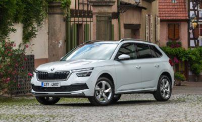 Το ολοκαίνουργιο SKODA KAMIQ κάνει την πανελλήνια πρεμιέρα του στην έκθεση αυτοκινήτου «ΑΥΤΟΚΙΝΗΣΗ 2019», που ανοίγει τις πύλες της στο τέλος της εβδομάδας. Το νέο compact SUV της SKODA θα έχει κυρίαρχη θέση στο ιδιαίτερα εντυπωσιακό περίπτερο της μάρκας, στην είσοδο της κεντρικής αίθουσας της έκθεσης. Τρία SKODA KAMIQ, δύο με κινητήρα βενζίνης και ένα με κινητήρα πετρελαίου, στην πλούσια έκδοση Style και με διαφορετικά επίπεδα επιπλέον εξοπλισμού, θα τραβήξουν την προσοχή των επισκεπτών καθώς η πρεμιέρα του KAMIQ είναι ένα από τα highlights της εφετινής έκθεσης. Πρεμιέρα όμως και για το ανανεωμένο SUPERB ενώ δυναμικό παρών και από τα best-seller SUV της μάρκας, το ΚΑROQ, «Αυτοκίνητο της Χρονιάς για το 2019» και το KODIAQ, το πιο μεγάλο SUV της SKODA. Φυσικά δεν θα μπορούσε να λείψει το επίσης νέο πεντάθυρο χάτσμπακ, της SKODA, το SCALA. Το περίπτερο της SKODA, συνολικής επιφάνειας 427 τ.μ., δίνει μία πλήρη εικόνα της νέας εποχής της μάρκας, με μοντέλα που διακρίνονται για το εντυπωσιακό τους design, την υψηλή ποιότητα και την προηγμένη τεχνολογία. Πιο αναλυτικά, οι επισκέπτες θα έχουν τη δυνατότητα να δουν από κοντά τα παρακάτω μοντέλα: • KAMIQ STYLE 1.0 TSI 116PS • KAMIQ STYLE 1.5 TSI 150PS DSG • KAMIQ STYLE 1.6 TDI 116PS DSG • FABIA MONTE CARLO 1.0 TSI 95PS • SCALA STYLE 1.0 TSI 116PS • KAROQ STYLE 1.5 TSI ACT 150PS DSG • KODIAQ L&K 2.0 TDI 190HP DSG 4x4 • OCTAVIA STYLE 2.0 TDI 150PS • SUPERB STYLE 2.0 TDI 150PS DSG Φυσικά, πιστή στην παράδοσή της, η SKODA, αγκαλιάζοντας το motto ''We love cycling'' ως αναπόσπαστο στοιχείο του DNA της μάρκας, φιλοξενεί στο περίπτερο ως εκθέματα και δύο ποδήλατα SKODA, συμπεριλαμβανομένου του κορυφαίου ηλεκτρικού ποδηλάτου της γκάμας, του e-ΒΙΚΕ. Τέλος, ιδιαίτερο ενδιαφέρον παρουσιάζει το γεγονός ότι κατά τη διάρκεια της έκθεσης συνεχίζεται το «SKODA ONE – ΚΑΘΑΡΗ ΑΥΤΟΚΙΝΗΣΗ», ένα πρωτοποριακό πρόγραμμα με το οποίο η απόκτηση ενός νέου μοντέλου της SKODA, σύγχρονης αντιρρυπαντικής τεχνολογίας και πιο φιλικού προς το περιβάλλον, γίν