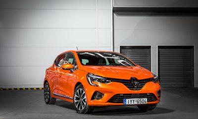 Το All-new Renault CLIO, η νέα, 5η γενιά του παγκόσμιου γαλλικού best seller, είναι ο πρωταγωνιστής στο περίπτερο του Groupe Renault που θα δώσει δυναμικό παρών στη έκθεση Αυτοκίνηση 2019. Τo Groupe Renault θα δώσει και φέτος δυναμικό παρών στην έκθεση Αυτοκίνηση 2019 που θα διεξαχθεί από 9-17 Νοεμβρίου στο Ολυμπιακό Ακίνητο Ξιφασκίας του Πρώην Δυτικού Αεροδρομίου στο Ελληνικό. Η φετινή συμμετοχή είναι ξεχωριστή για τη Renault, καθώς η μεγαλύτερη έκθεση για το αυτοκίνητο στην Ελλάδα συμπίπτει με το λανσάρισμα στην ελληνική αγορά του All-new CLIO. Η νέα, 5η γενιά του εμβληματικού μοντέλου, που είναι επί σειρά ετών πρώτο σε πωλήσεις στην κατηγορία του στην Ευρώπη, αλλά και το γαλλικό μοντέλο με τις περισσότερες πωλήσεις στην ιστορία, είναι και ο αδιαφιλονίκητος πρωταγωνιστής του περιπτέρου του Groupe Renault στη φετινή έκθεση. Οι επισκέπτες θα έχουν την ευκαιρία να θαυμάσουν από κοντά τον εντυπωσιακό σχεδιασμό του, να αξιολογήσουν την κορυφαία απτή ποιότητα κατασκευής του, να ανακαλύψουν τις νέες τεχνολογίες άνεσης και ασφάλειας που, μεταξύ άλλων, του χάρισαν και τα 5 αστέρια στα crash test του EuroNCAP, να μάθουν αναλυτικά για την πλήρη γκάμα κινητήρων βενζίνης και diesel με τους οποίους εξοπλίζεται, αλλά και να ρωτήσουν για τις δελεαστικές τιμές και προσφορές με τις οποίες άρχισε να διατίθεται στην αγορά μας. Αξίζει να σημειωθεί, ότι οι επισκέπτες της έκθεσης θα έχουν ακόμα την ευκαιρία να οδηγήσουν το All-new CLIO στο χώρο των test drives, για να ανακαλύψουν οι ίδιοι την ανώτερη οδηγική εμπειρία που προσφέρει. Όμως, το All-new CLIO δε θα είναι μόνο του, αφού πλαισιώνεται από όλη τη φρέσκια γκάμα Renault και Dacia. Δίπλα του το νέο Renault Kadjar αναδεικνύει, μέσα από την αναβαθμισμένη εμφάνισή του, το πολυτελές εσωτερικό του και τη γκάμα των δυνατών κινητήρων βενζίνης και diesel, τον επιβλητικό SUV χαρακτήρα του, τον οποίο οι επισκέπτες θα μπορέσουν να ανακαλύψουν οδηγώντας το στο χώρο των test drives. Αλλά και το νέο Renault TWINGO συνεχίζει και εντυπωσιάζει με το