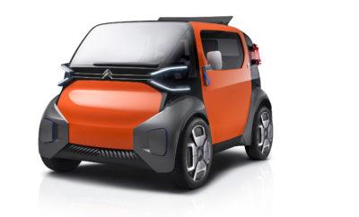 """Η Citroën έδωσε το παρόν στο 35ο Festival Automobile International, που πραγματοποιήθηκε από τις 29 Ιανουαρίου έως τις 2 Φεβρουαρίου του 2020 στο Les Invalides του Παρισιού. Η Γαλλική εταιρεία παρουσίασε στο κοινό το όραμά της για το μέλλον, μέσω δύο πρωτοτύπων που ξεχωρίζουν από το δυνατό αισθητικό τους αποτύπωμα, συμβολίζοντας ένα πολύ ενδιαφέρον αύριο για τις μετακινήσεις: Το Ami One Concept, ένα φρέσκο και 100% ψηφιακό όχημα που δίνει λύσεις στις αστικές μετακινήσεις και το 19_19 Concept, την απόλυτη έκφραση της άνεσης που θέλει να προβάλλει η Γαλλική εταιρεία κάτω από την """"ομπρέλα"""" του """"ë-Comfort"""". Στην εναρκτήρια τελετή, στο Ami One Concept απονεμήθηκε το Βραβείο Αστικής Κινητικότητας, από μια επιτροπή ειδικών επί του αντικειμένου, που επιβράβευσαν την καινοτόμο προσέγγιση του μοντέλου στην αμιγώς ηλεκτρική μετακίνηση, η οποία θα είναι διαθέσιμη για όλους."""