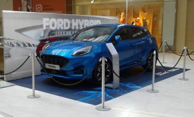 """Το νέο, ήπια υβριδικό και στιλάτο Ford Puma ανοίγει διάπλατα τις πόρτες του στο """"The Mall Athens"""" έως και το Σάββατο 15 Φεβρουαρίου προκειμένου να ανακαλύψετε ιδοίς όμμασι τις ασυναγώνιστες μεταφορικές και αποθηκευτικές του ικανότητες. Με το ελκυστικό του στιλ να συνδυάζεται υποδειγματικά με την απαράμιλλη πρακτικότητα ενός κόμπακτ crossover αυτοκινήτου, το νέο Ford Puma έρχεται να υποστηρίξει τις πλέον καινοτόμες προτάσεις αποθήκευσης της κατηγορίας των Β-SUVs προσφέροντας όχι μόνο κορυφαίο χώρο αποσκευών στην κατηγορία, αλλά και το καινοτόμο και έξυπνο MegaBox. Άραγε, πόσες βαλίτσες μπορούν να χωρέσουν στο πορτ μπαγκάζ του νέου Ford Puma; Ανακαλύψτε το στο """"The Mall Athens"""", στον 2ο όροφο του μεγαλύτερου εμπορικού κέντρου της Αθήνας, έως και τις 15 Φεβρουαρίου!"""