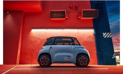 Μέσα στο 2020, με το 100% ηλεκτροκίνητο ami, η Citroën με περισσότερα από 100 χρόνια ιστορίας, καινοτομίας και προτάσεις αντικομφορμιστικών οχημάτων που με τα χρόνια έγιναν εμβληματικά, σκοπεύει να λανσάρει την βιώσιμη αστική μετακίνηση για όλους! Το DNA της Citroën έχει να κάνει με τις ιδιαίτερα τολμηρές καινοτομίες, που σε πολλές περιπτώσεις ξεπερνούν τα όρια του απροσδόκητου και δεν είναι μόνο οχήματα, αλλά και υπηρεσίες. Είναι ένας γνήσιος απόγονος, μια απευθείας εξέλιξη του πρωτοτύπου AMI ONE που παρουσιάστηκε στο Σαλόνι Αυτοκινήτου της Γενεύης το 2019. Το ενδιαφέρον του κοινού ήταν τόσο μεγάλο και έντονο, που έφτασε η έκδοση παραγωγής σε λιγότερο από ένα χρόνο μετά. Το ami είναι μια χειροπιαστή απόδειξη της διάθεσης για προσφορά λύσεων για τις αστικές μετακινήσεις και τις εκδρομές σε μικρές αποστάσεις. Προσφέρει εύκολη πρόσβαση στους πυρήνες των αστικών κέντρων, ασφαλή εναλλακτική λύση έναντι των δικύκλων, των ποδηλάτων, των πατινιών, αλλά και των αστικών συγκοινωνιών και όλα αυτά, με ένα ιδιαίτερα λογικό κόστος. Το ami – 100% electric δεν μπορεί να συγκριθεί με κάτι άλλο στον ορίζοντα της κινητικότητας. Η Citroën αποκαλύπτει ένα πραγματικά διαφορετικό, 100% ηλεκτρικό όχημα που θα κάνει τις αστικές μετακινήσεις, μια τελείως νέα εμπειρία, που γεννήθηκε από την επιθυμία να δώσει πρόσβαση στις εύκολες και χαμηλού κόστους μετακινήσεις σε όλους. Το ami 100% ËLECTRIC με μια ματιά Αντικομφορμιστικό αντικείμενο κινητικότητας • Είναι 100% ΗΛΕΚΤΡΙΚΟ: οι εκπομπές CO2 είναι μηδενικές και έτσι εκτός από την προστασία του περιβάλλοντος, έχει εξασφαλισμένη και την καθημερινή πρόσβαση στα αστικά κέντρα, με ένα εύκολο, τελείως αθόρυβο και ευχάριστο στο χειρισμό τρόπο. Η μπαταρία του, για πλήρη φόρτιση, χρειάζεται μόλις 3 ώρες σε πρίζα του κοινού οικιακού δικτύου - όπως ακριβώς ένα smartphone. • Είναι ΜΙΚΡΟ ΚΑΙ ΕΥΕΛΙΚΤΟ: το εξαιρετικά μικρό του μήκος, μόλις 2,41m και ο μικρός κύκλος στροφής (με διάμετρο 7,20m), κάνουν τις αστικές μετακινήσεις και το parking, ιδιαίτερα εύκολες δ